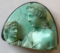 Empress Livia holding bust of Augustus - in turquoise