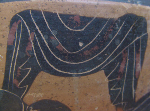 Skyphos, Thebes Museum, R.18.96 (17093). Side B: dotted drapery, detail.