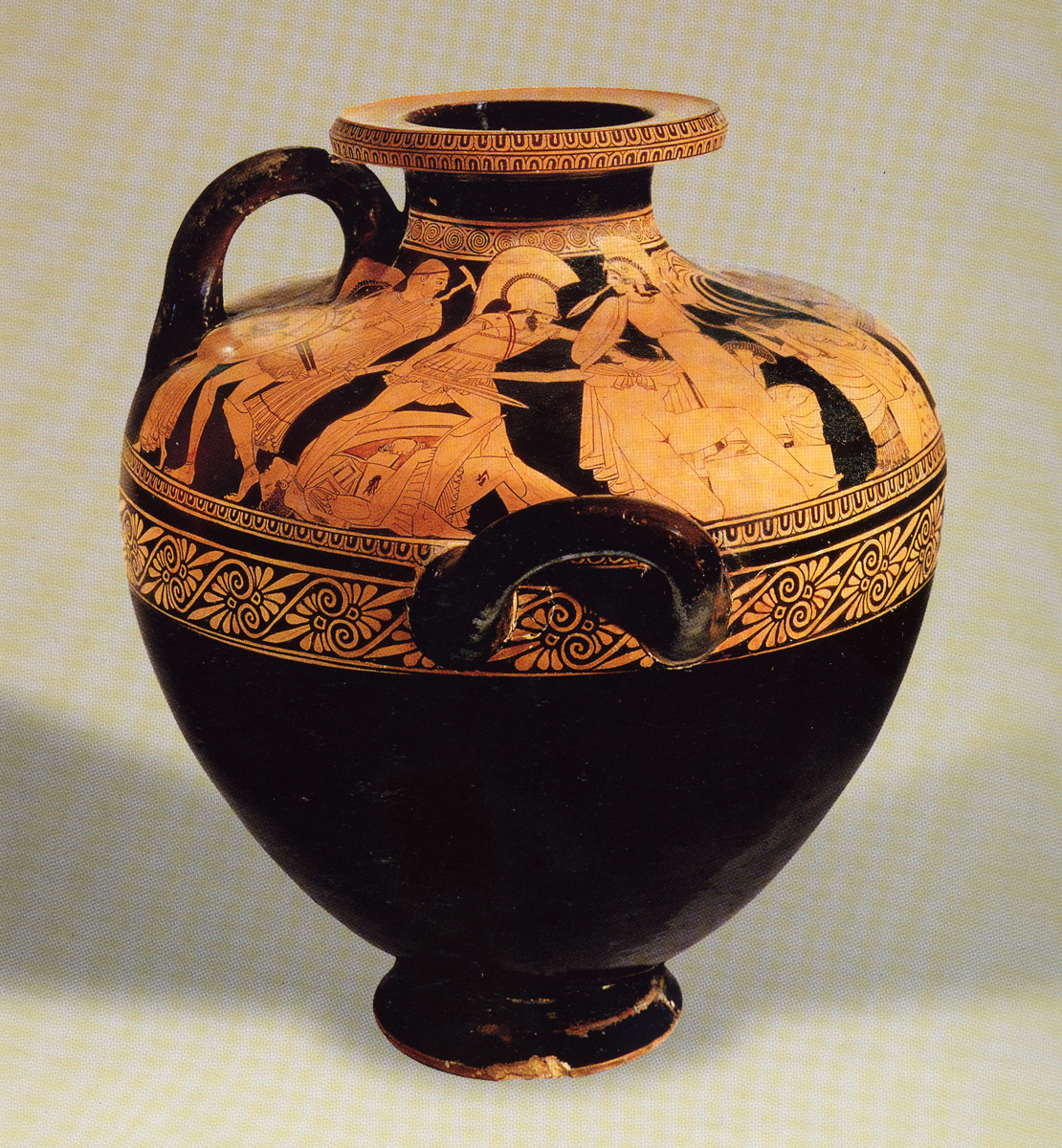 Greek vases 800 300 bc key pieces the classical art research centre kleophrades painter sack of troy hydria reviewsmspy