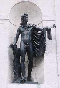 Photo of Apollo Belvedere statue