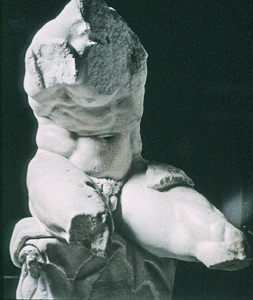 Photo of cast of Belvedere Torso
