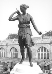 Photo of statue Artemis